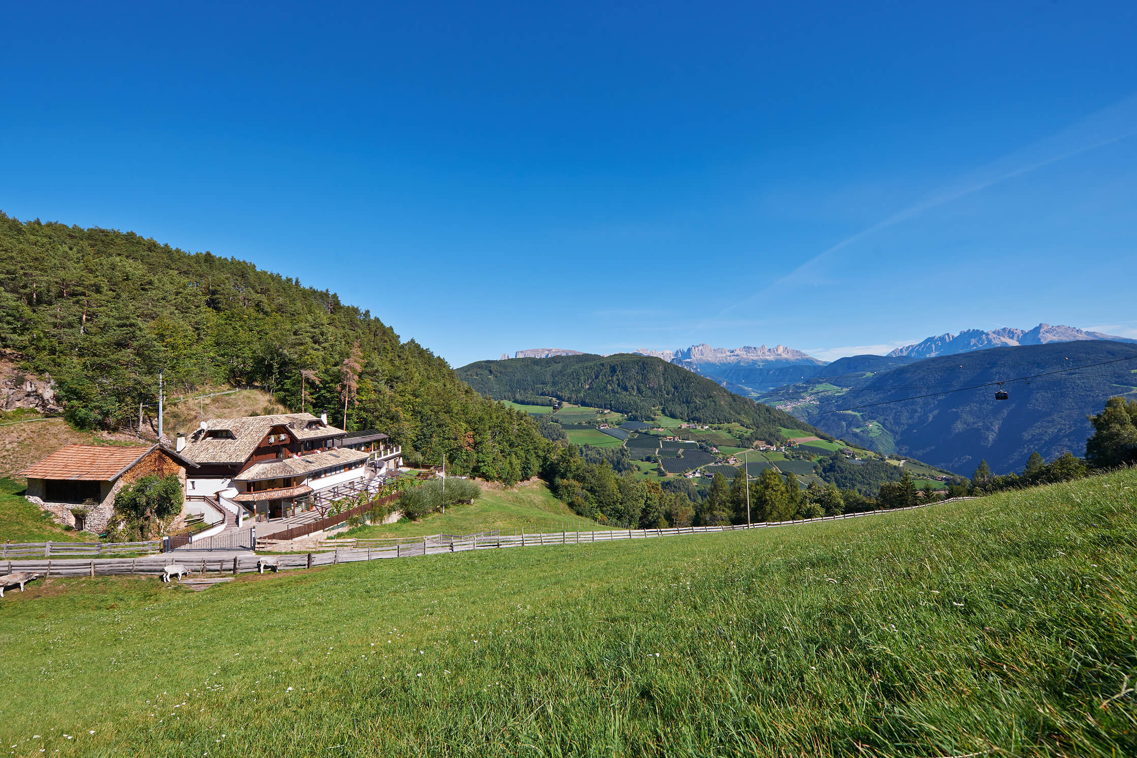Boutique hotel s dtirol i chalet grumer suites spa for Boutique hotel bozen