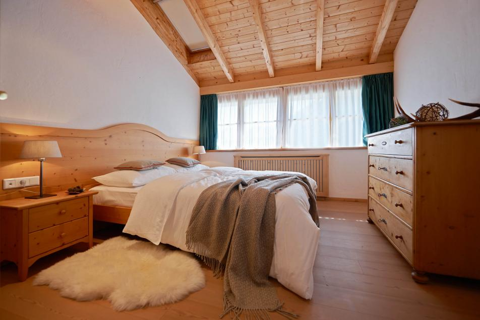 Chalet Booking Luxury Holiday Home Cozy Suites Warm Atmosphere
