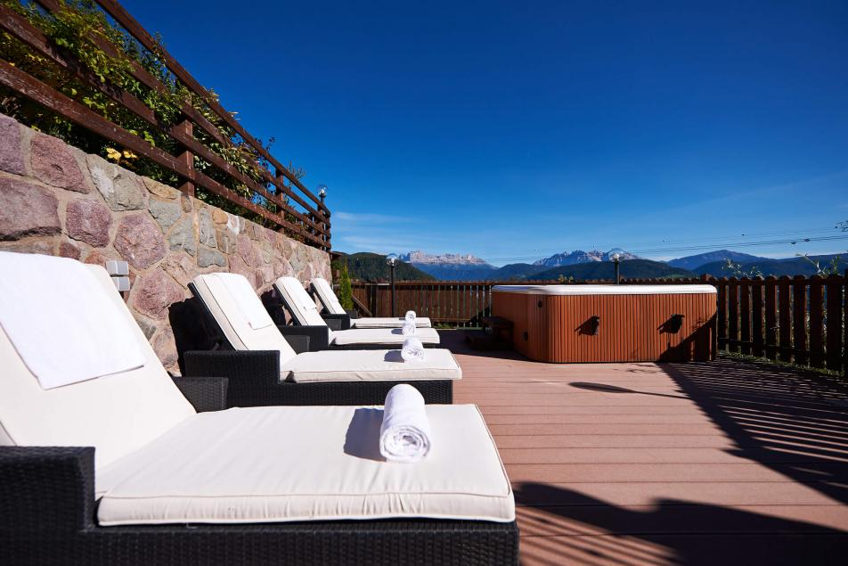 Chalet Booking Luxury Holiday Whirlpool Panorama Dolomites