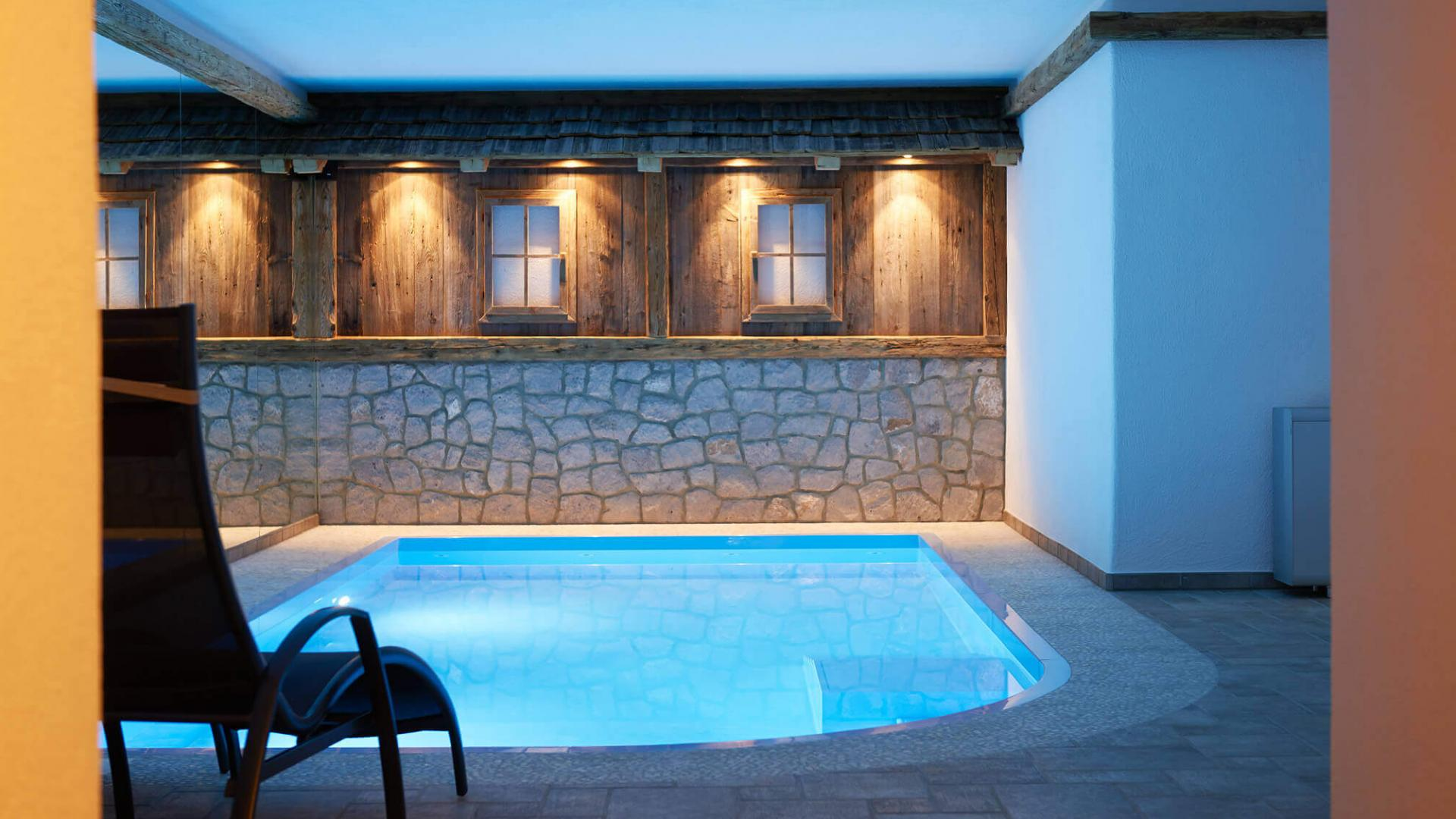 Alpine Lodge with Wellness and Spa in the mountains for relaxation with indoor pool