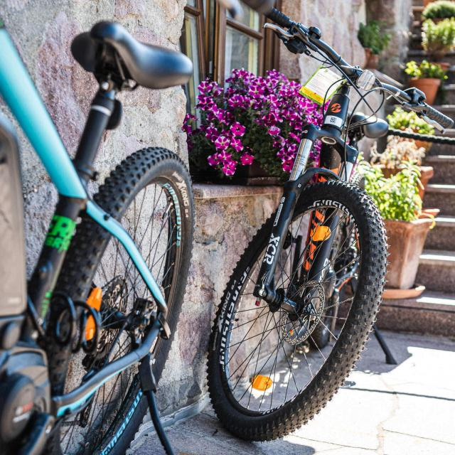 E-Bikes to rent at the Chalet